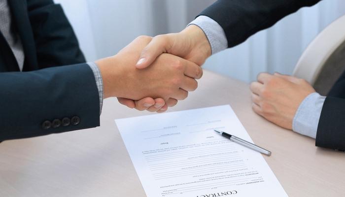 firmar contratos laborales